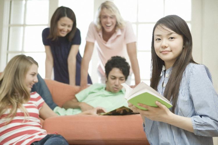 日本人の海外留学に関する政策評価